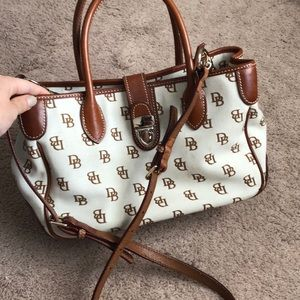 Dooney & Bourke crossbody/purse